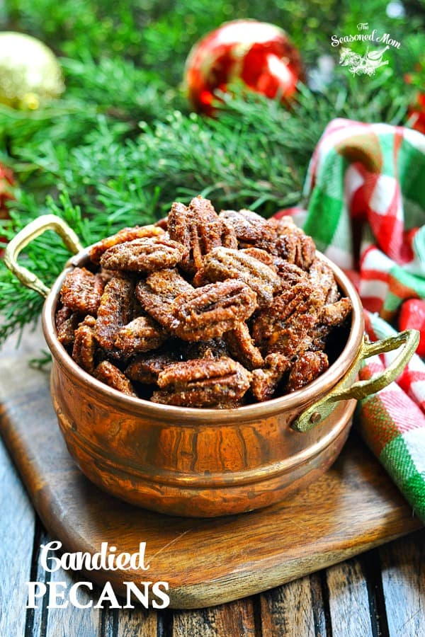 Bowl of easy candied pecans with text overlay