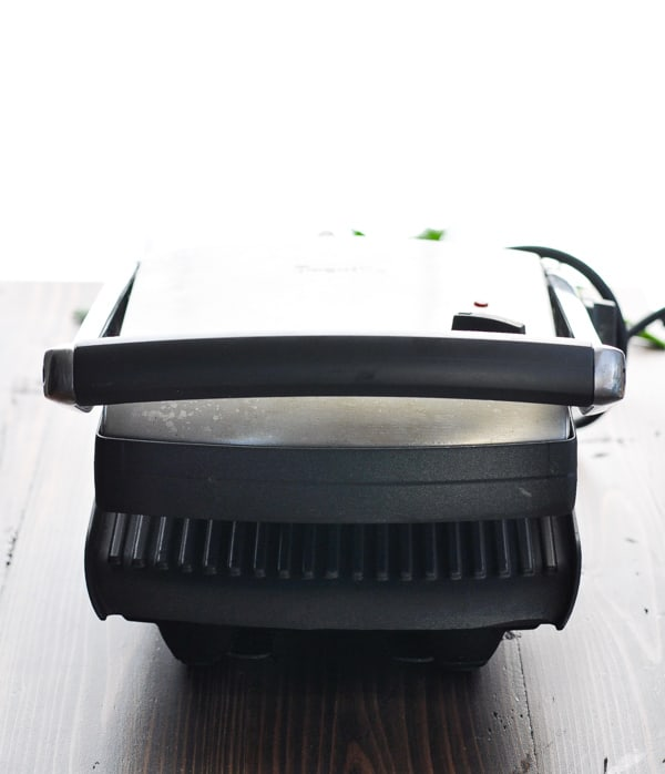 Closed panini press