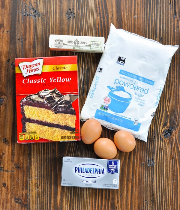 5 ingredients for a gooey butter cake recipe