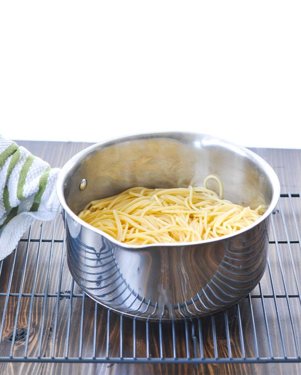 Cooked drained spaghetti in a pot