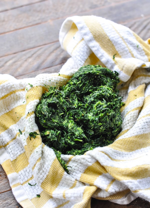 How to squeeze spinach dry in a towel