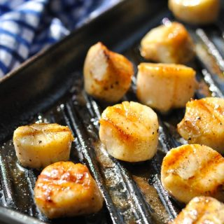 Close up front shot of an easy grilled scallops recipe