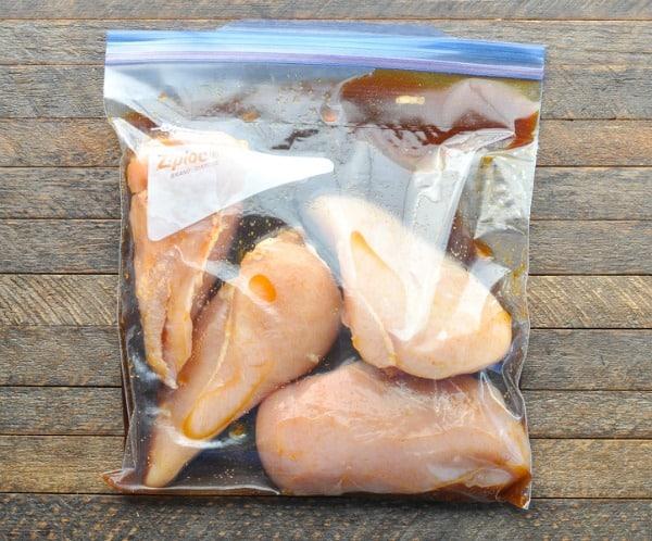 Marinating chicken breasts in a lemonade marinade