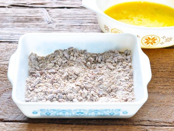 Pecan breading mixture for dredging chicken