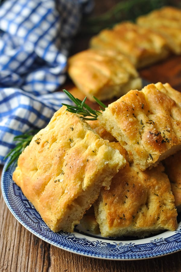 Front shot of a plate full of focaccia squares