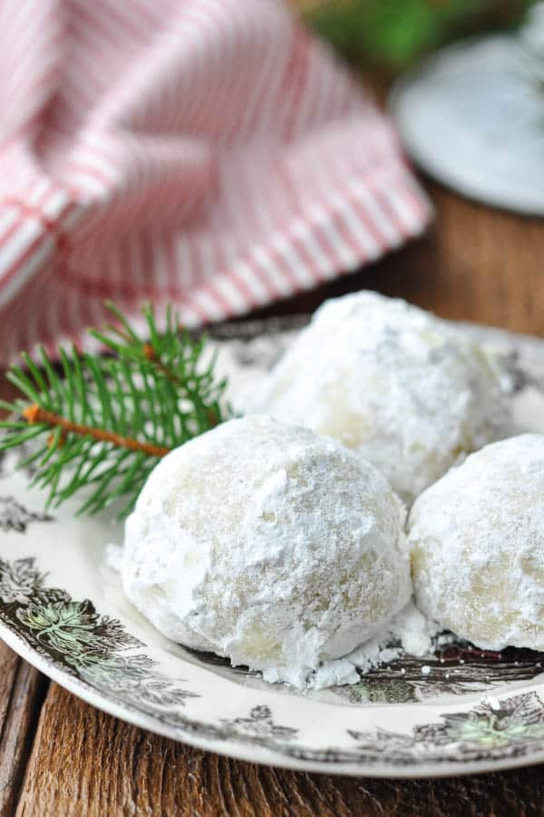 Close up shot of snowball cookies on a plate