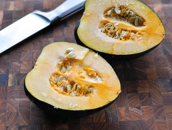 How to cut an acorn squash