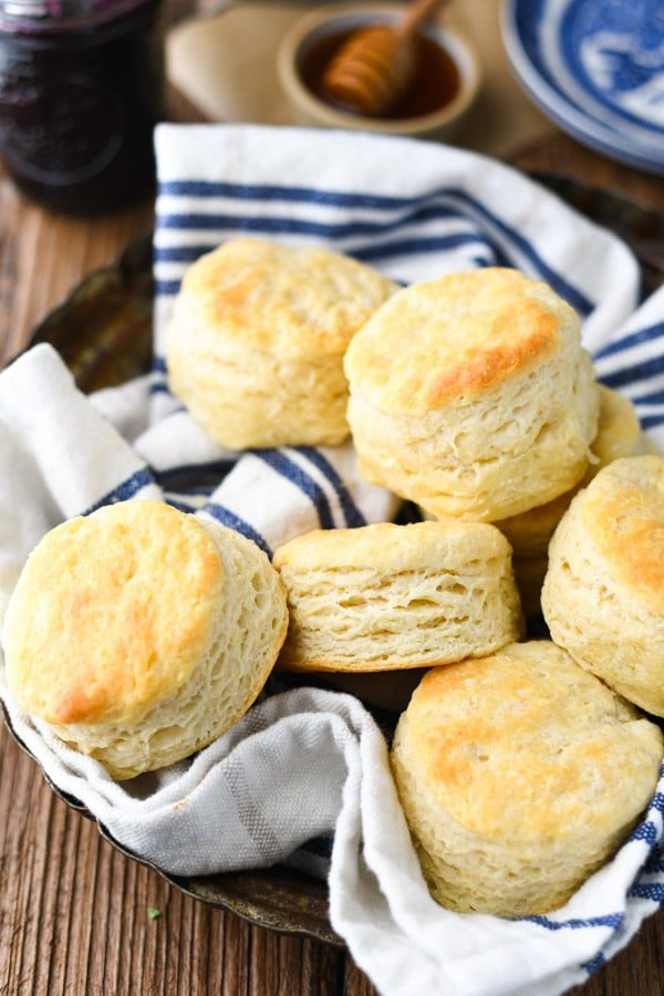 Aunt Bee S 3 Ingredient Biscuit Recipe The Seasoned Mom