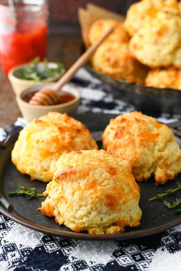 Savoury cheese biscuits on a tin plate