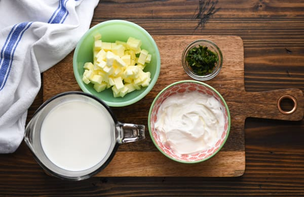 Ingredients for mashed potatoes with sour cream