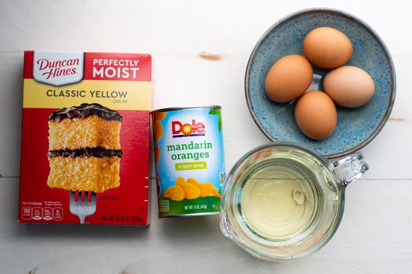 Ingredients for the best pig pickin cake recipe