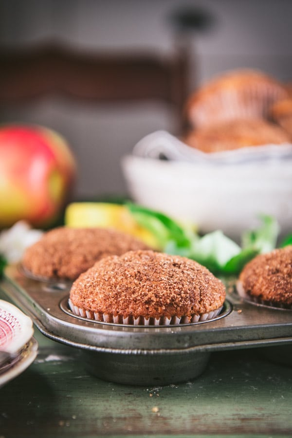 The best apple muffins in a muffin tin