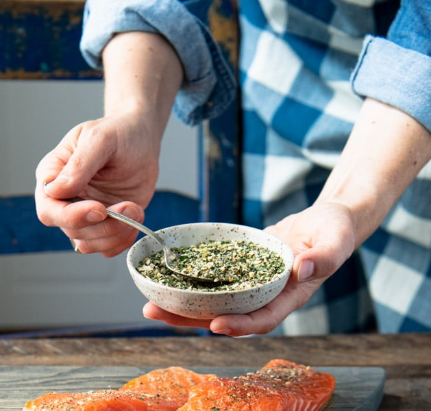Grilled salmon seasoning in a small bowl